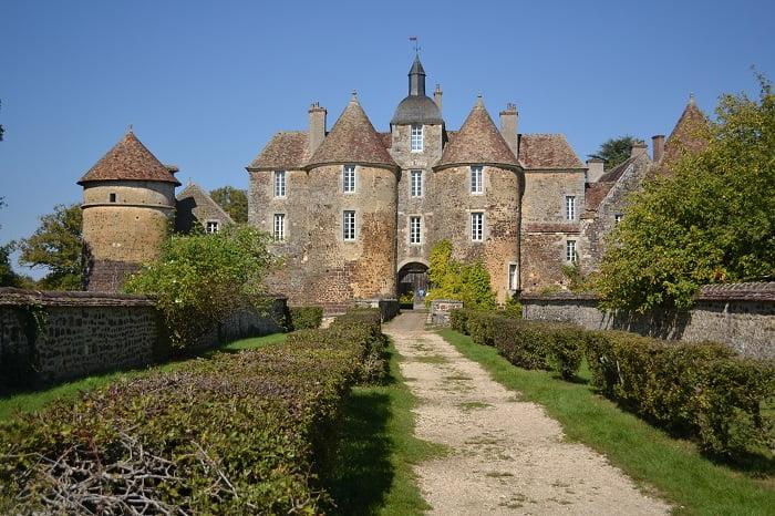 chateau_de_ratilly_bourgogne
