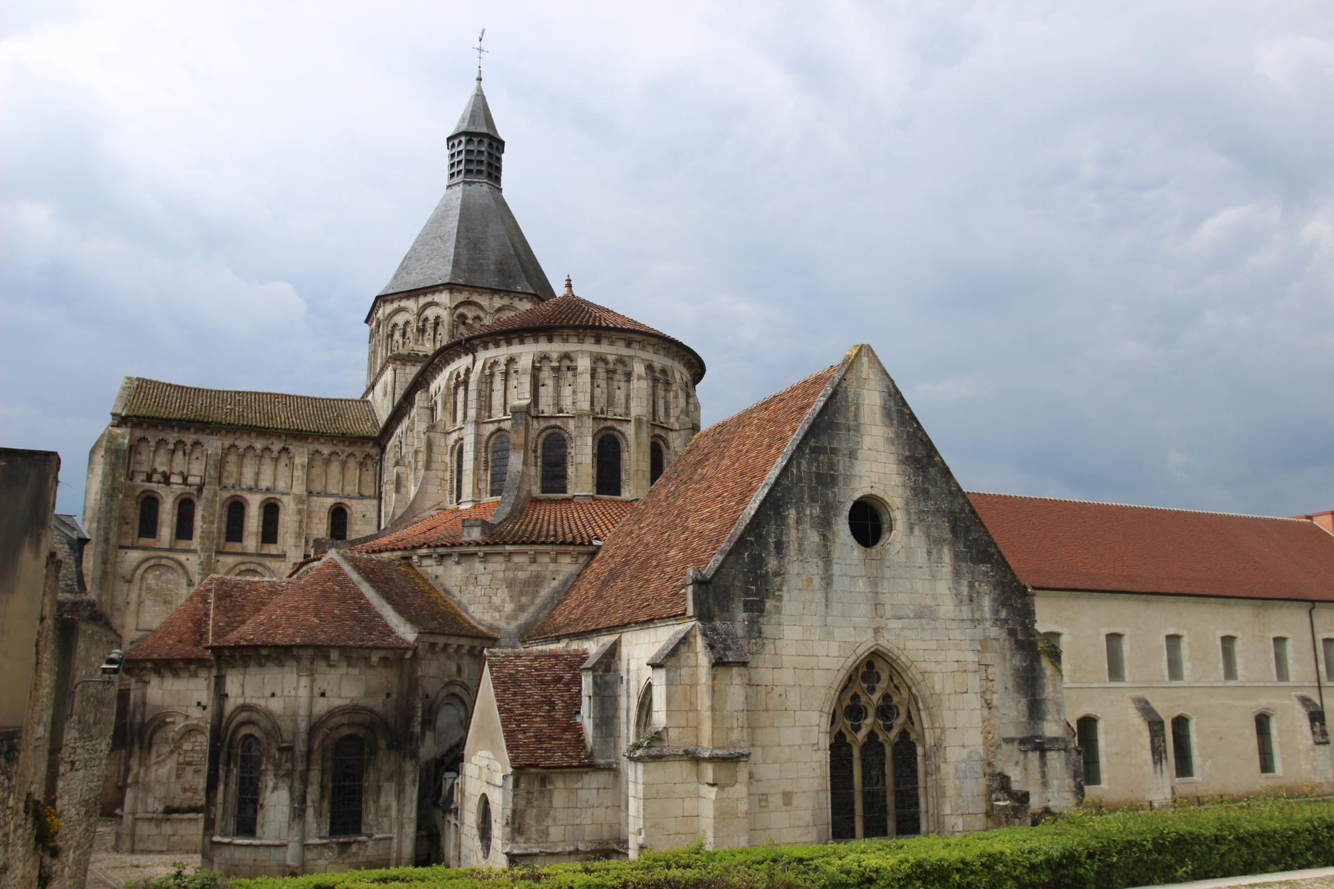 church la charite sur loire -sancerre wine tour